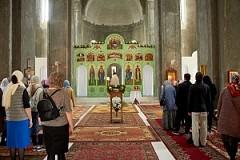 Первое богослужение в новом храме